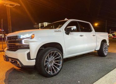 RAYCO 2 CHEVY HIGH COUNTRY HOSTILE WHEELS